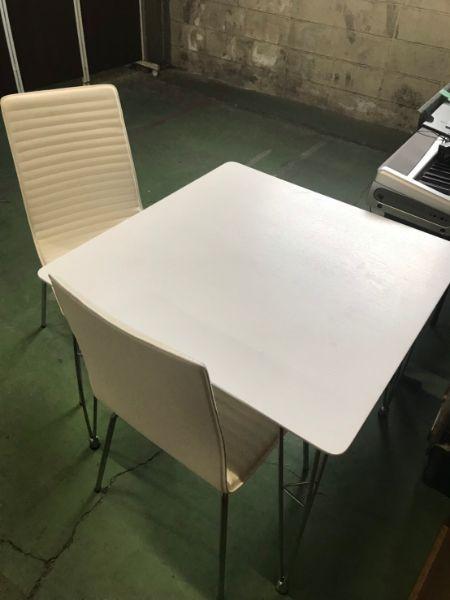 テーブル チェア