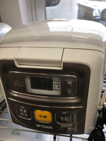 Tiger タイガー マイコン炊飯ジャー 3合炊き JAI-R1 炊飯器