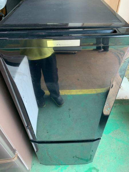 三菱 2ドア冷凍冷蔵庫 MR-P15D-B