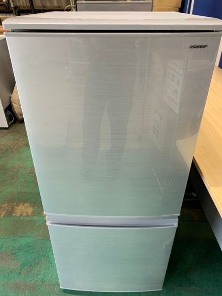 SHARP シャープ 137L 2ドア冷凍冷蔵庫 SJ-D14D-S