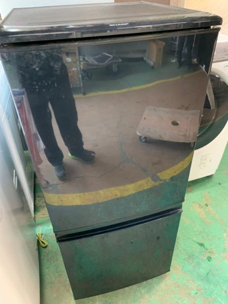 SHARP 冷蔵庫 SJ-D14B