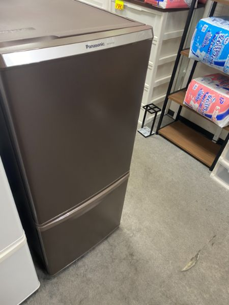 Panasonic 冷凍冷蔵庫 NR-B149W-T