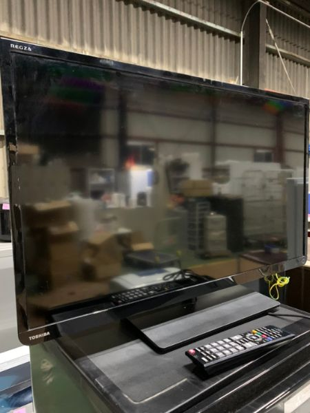 TOSHIBA 東芝 REGZA 32S8 液晶テレビ 32型