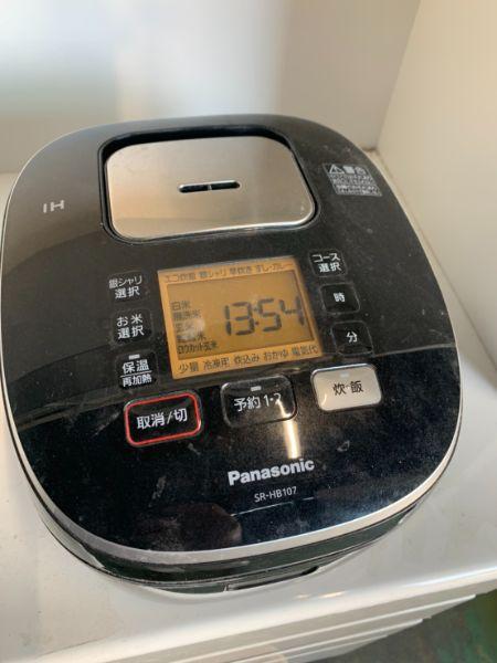 パナソニック SR-HB107 IH炊飯機 5.5合炊き